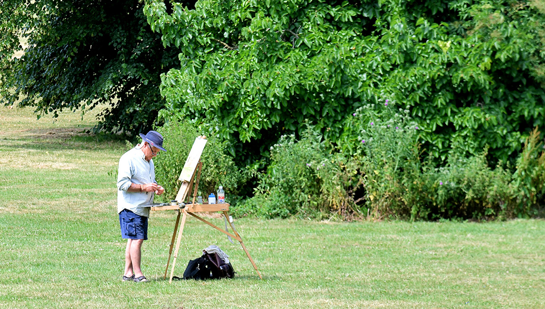 Artist in Delapré Park